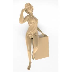 Скульптура Девушка в одежде